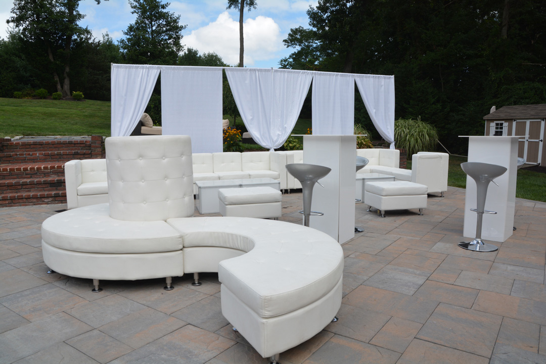 Lounge furniture and decor ny platinum nyc events for Rent one furniture rental